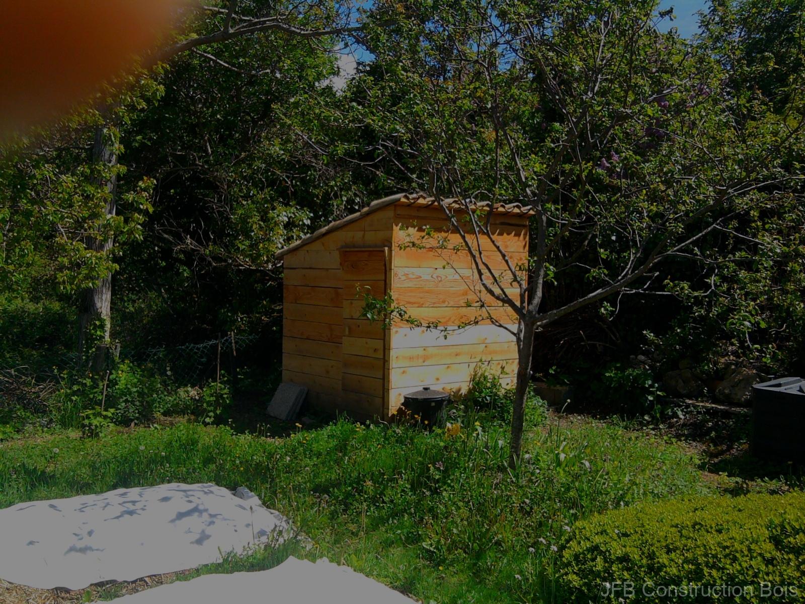 Cabane abri de jardin 4m² / Entrevennes (04)