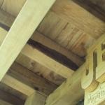 Cabane improvisée en bois de récup - Roman sur Isère (26)