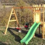 Portique de jeux enfants / St Michel l'Observatoire (04)